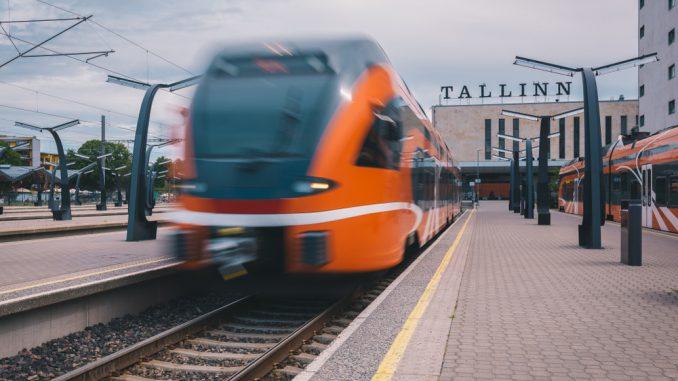 Tallinn and Helsinki 20-minutes train